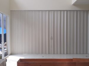 pintu partisi